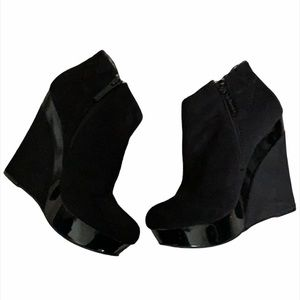 3/$30 Wedge Heel Ankle Boots Black Size 7